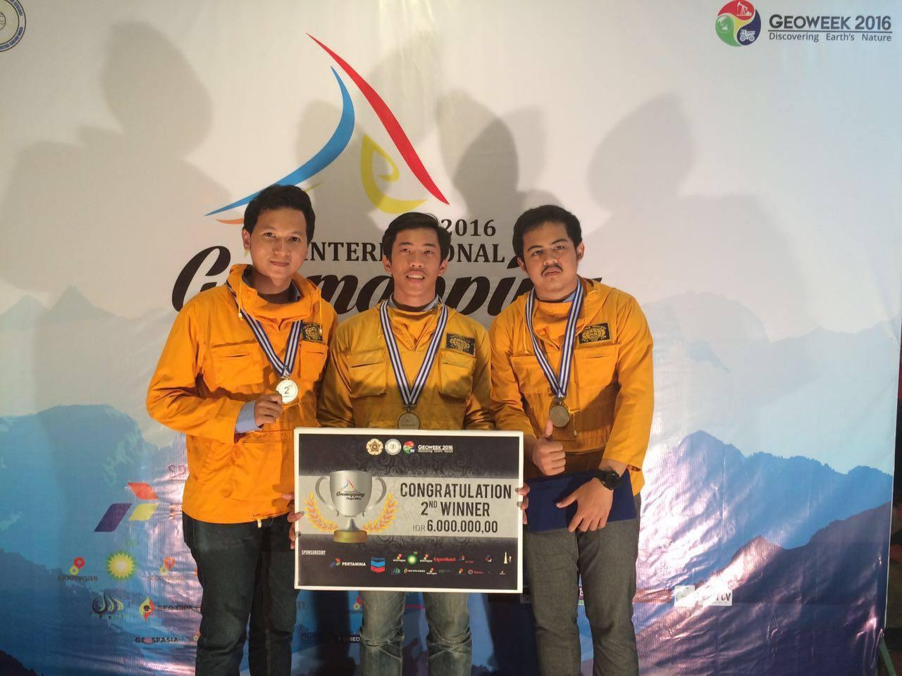 Selamat Buat Tim GL ITB – Juara 2 GeoMapping UGM 2016
