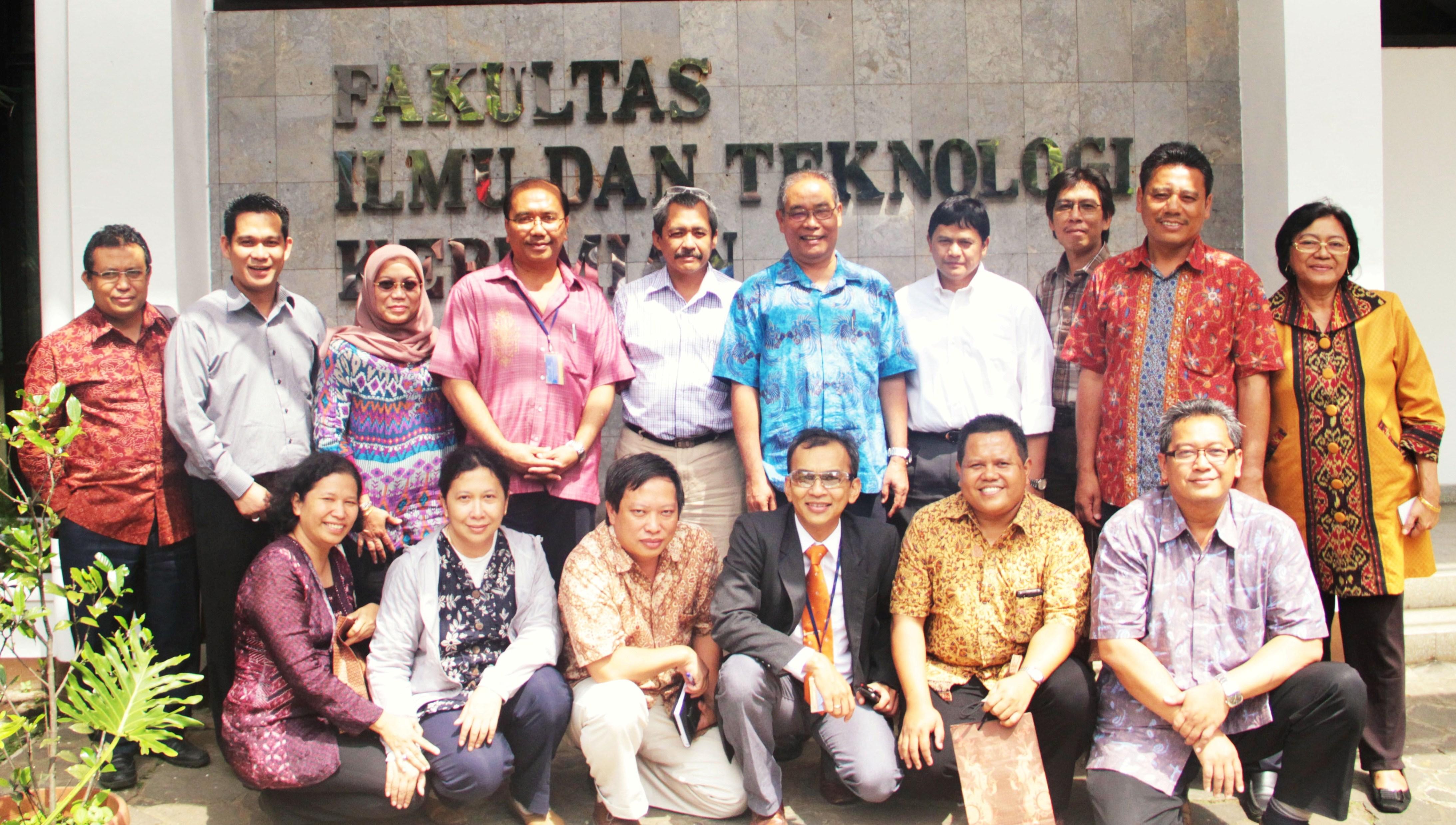 Serah Terima Jabatan Ketua Program Studi dan Ketua Kelompok Keahlian di Lingkungan Fakultas Ilmu dan Teknologi Kebumian